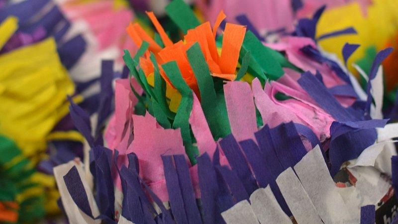Fabriquer une piñata en papier mâché